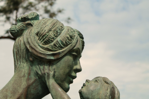 pixabay-statue-of-mother-and-child-faded